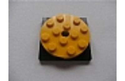 LEGO forgó alap, kerek, 4 x 4 x 2/3, fekete alapon, komplett
